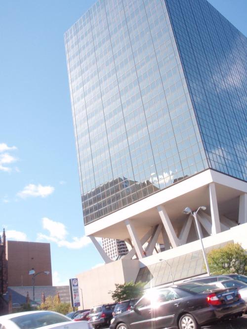 Hartford-plinth