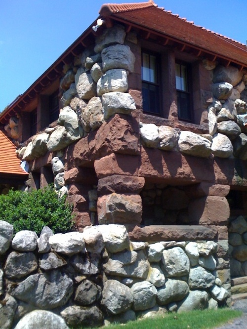 Ames_gatehouse_1